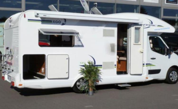B-type – Moderne familie camper 4/5 pers, kilometervrij, navi, tv etc