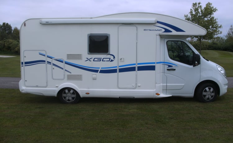 Nice compact camper for 3 people / BC3