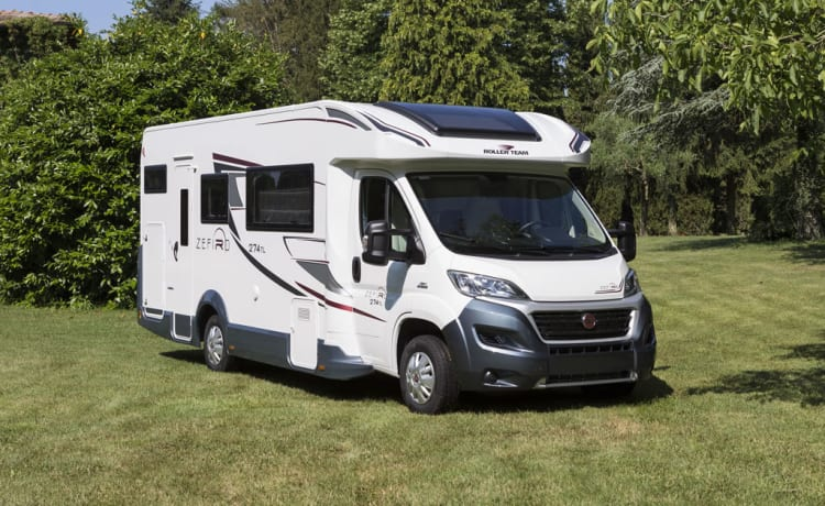 Luxury Mobilhome 7 persons, ALL-IN concept, Zefiro 1