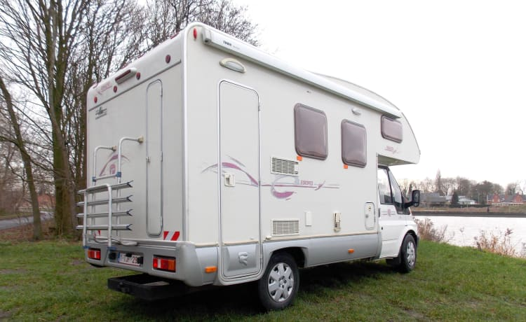 Ford Rimor – For rent Mobilhome Ford Rimor 5 sleeping places