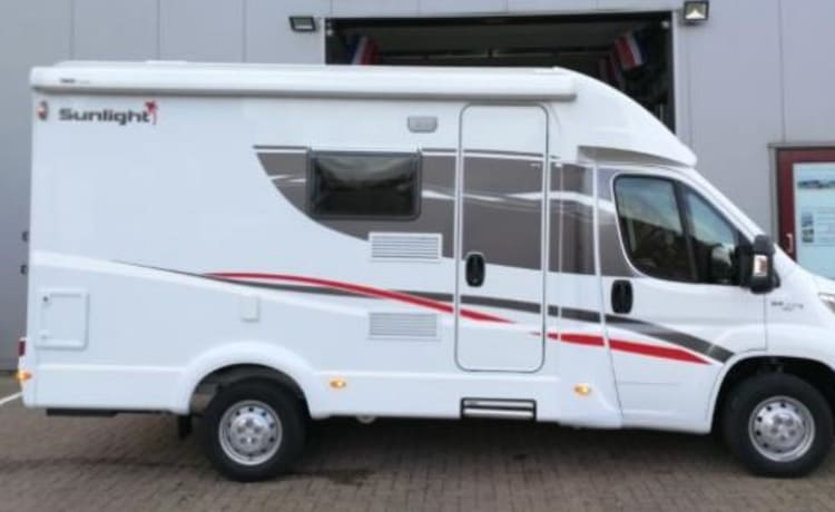 H- type – Compact camper with automatic transmission, luxury camper with all the trimmings