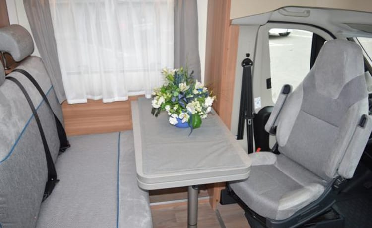 La Cara – Weinsberg CaraHome - Ideal for up to 4 people
