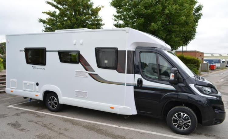 ELDDIS 6 BIRTH MOTORHOME
