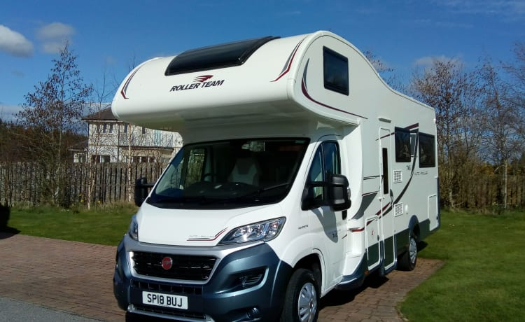 NC500 Highland Tourer – Auto Roller 746 6 berth motorhome - ideal for NC500 and Highlands