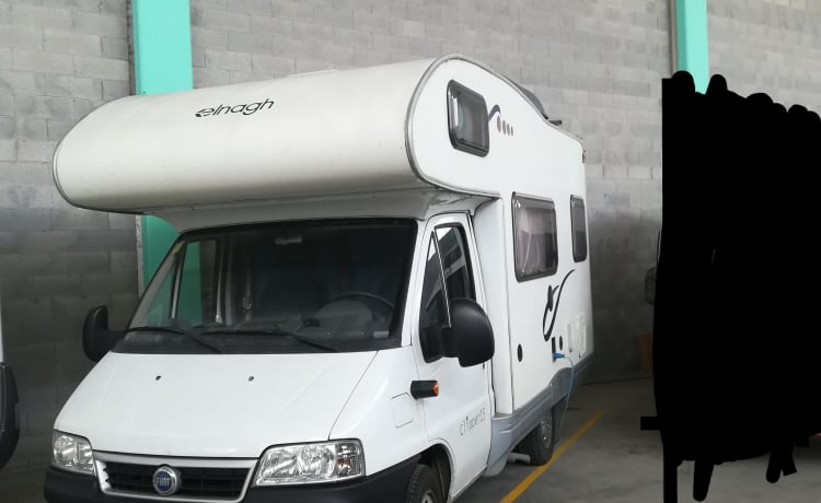 Camper for amazing holidays