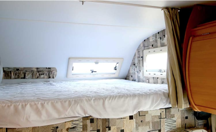 Riviera 181 6 slaapplaatsen Camper