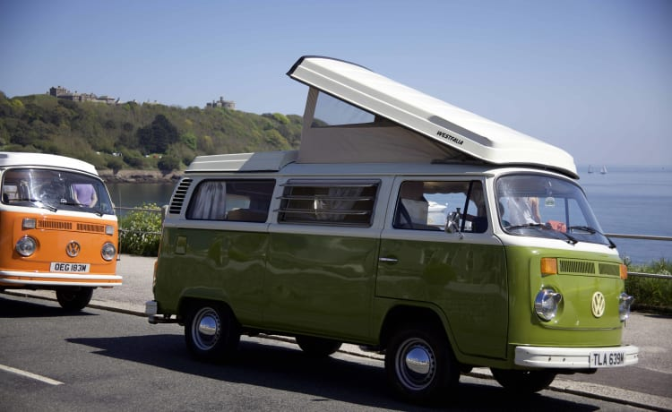 Olive - Classic VW Camper Van hire in Cornwall