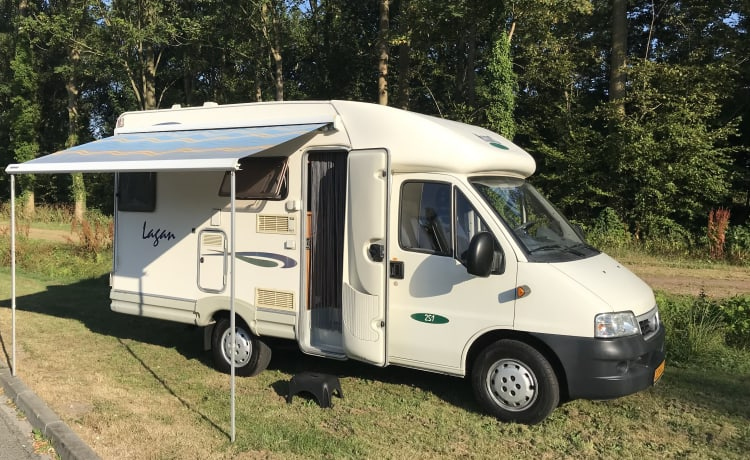 Knusse 2-persoons camper