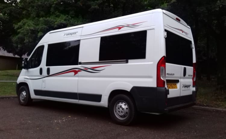 GY15 – 2 Berth Campervan/Motorhome - Fully equipped for your next Adventure
