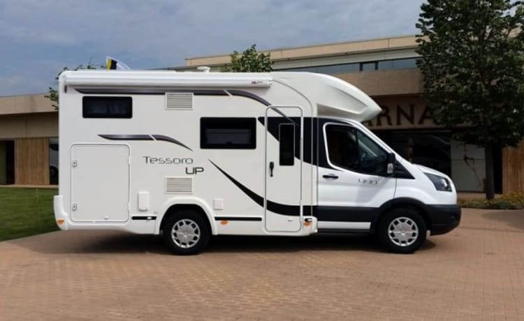 benimar 440 Up – Compact and spacious