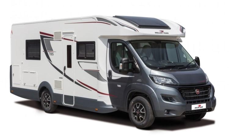 4 Berth Motorhome Hire - UK & Europe