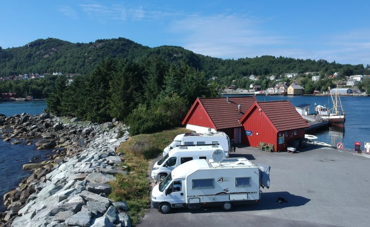 Perfecte camper voor uw perfecte vakantie – Ideal and complete camper for your perfect holiday