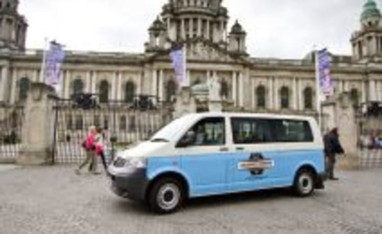 Dun-Lucy – VW T5 – Sleeps 2 – Travels 4 (Dublin)