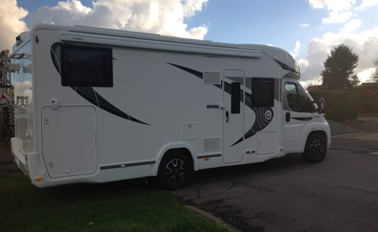 Enjoy our new mobile home with family or friends from March 2019