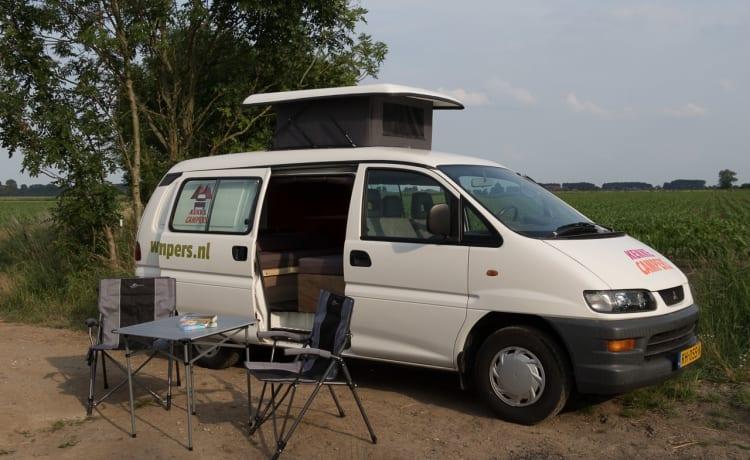 Berg – Kekke Camperbus for rent! (Utrecht)