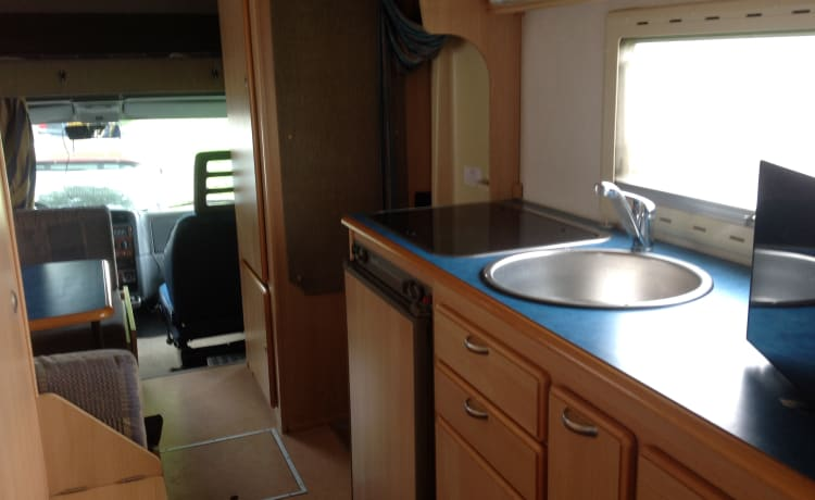 Very spacious 6 person family camper Fiat Ducato 2.8 jitd