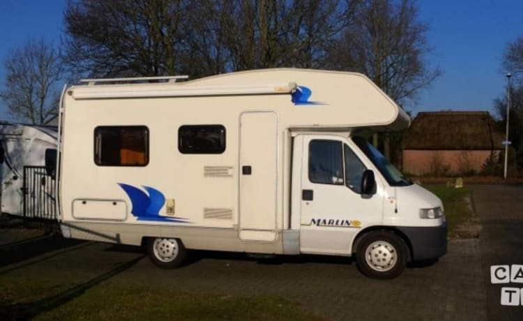 Elnagh Marlin – Very nice cozy complete butgetcamper from 2001 Denekamp