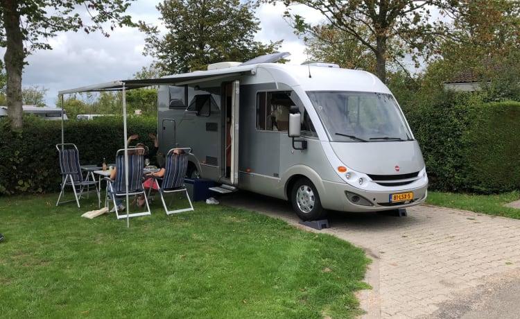 Reuze Camper – Prachtige complete Burstner Aviano