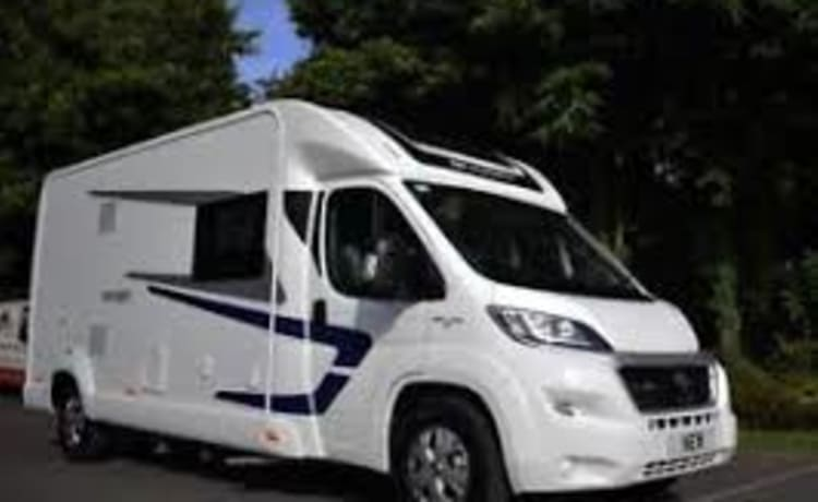 Swift Escape 695, luxe camper