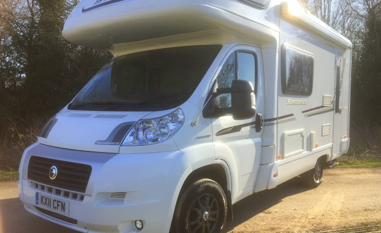 Sundance – 4 Berth Swift Sundance camper