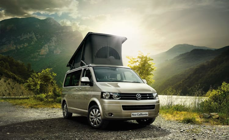 Modern 2 berth California  – VW California  (Blackburn)