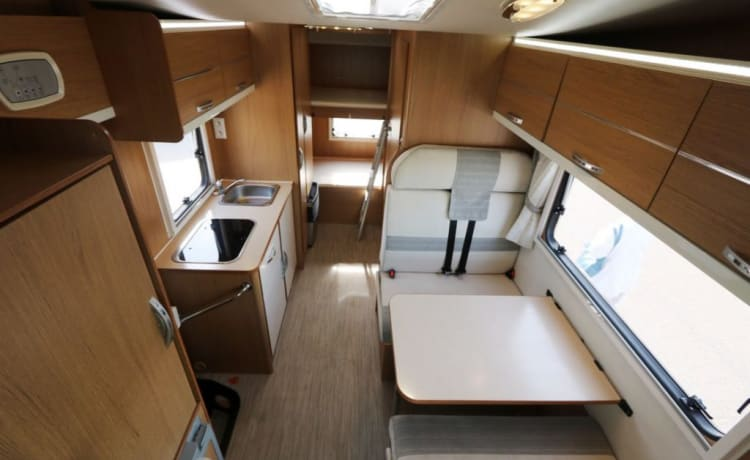 Beautiful family motorhome - Rimor SEAL 7