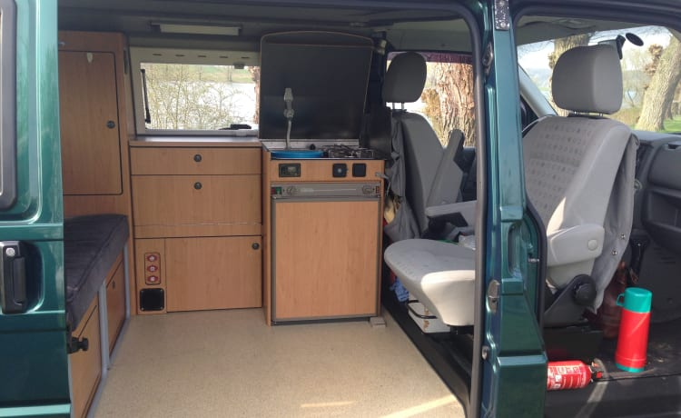 Very handy and cozy camper van for 4 people.