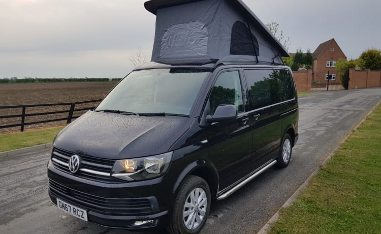 2017 67 VW T6 HIGHLINE CAMPER 4 BERTH HOGE SPECIFICATIE