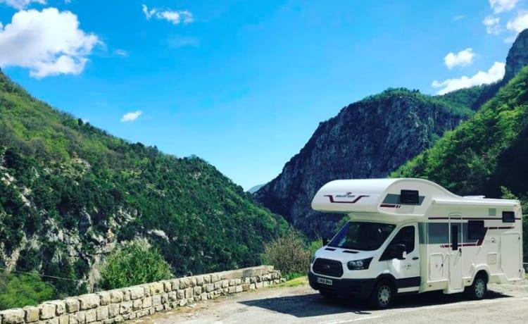 Adventure – Camper 6 posti, tutto incluso nel prezzo.