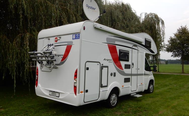 Bürstner 660 – Luxury 5 person family camper Burstner 660 (11)