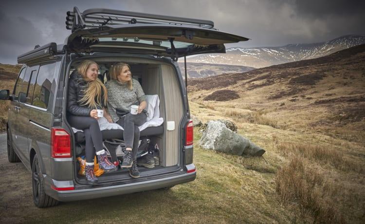 """The Gibster – Modern Volkswagen T6 Campervan - """"The Gibster"""""""
