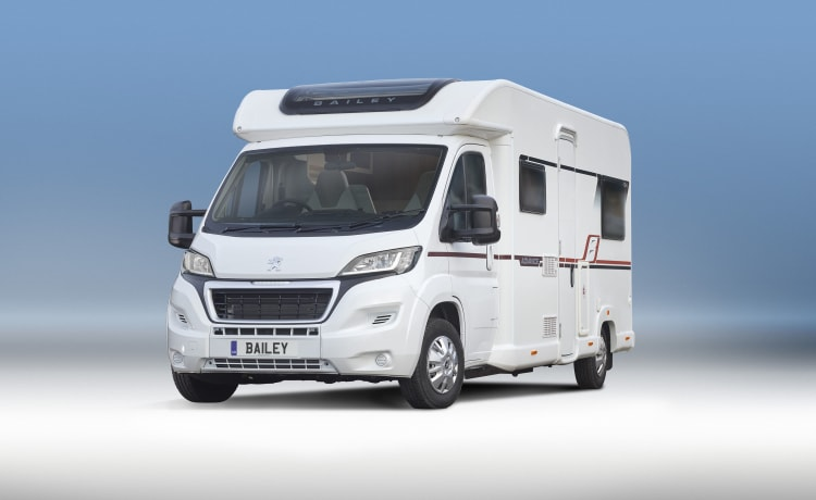 Family Motorhome 6 berth NEW 2019 Bailey Advance 70-6