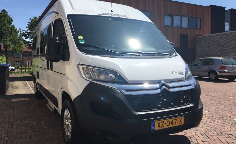 Pössl 2 Win Plus 2019 – New camper with retractable e-bike carrier