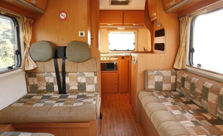Glad Coachbuilt Motorhome – Ci Carioca 625 - 5 Berth Family Motorhome