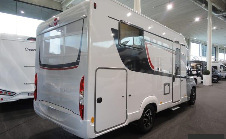 Futura 690g – Very luxurious camper