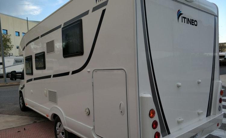 ITINEO PJ 740 rental in Spain