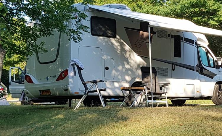 Luxe Knaus SUN TI 700 Platinum  OOK VOOR WINTER KAMPERN IN NEDERLAND
