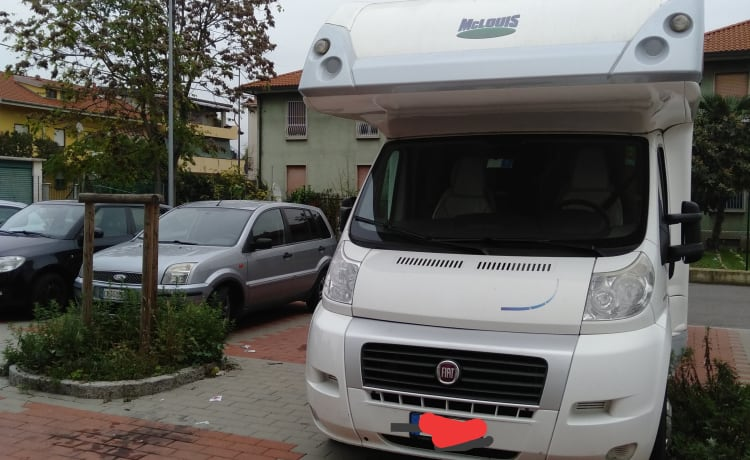 Mclouis tandy – Camper rental