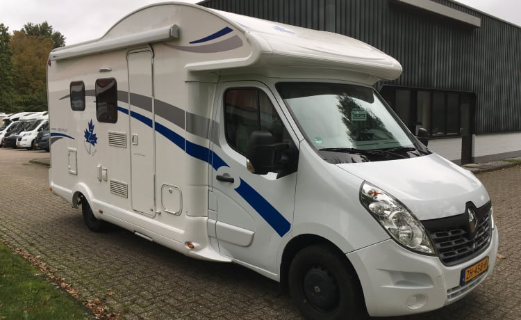 Beautiful large new camper