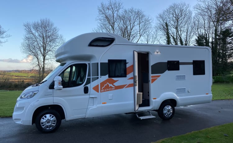 2020 Swift Edge , 6 berth, drive on car licence , fully equipped.