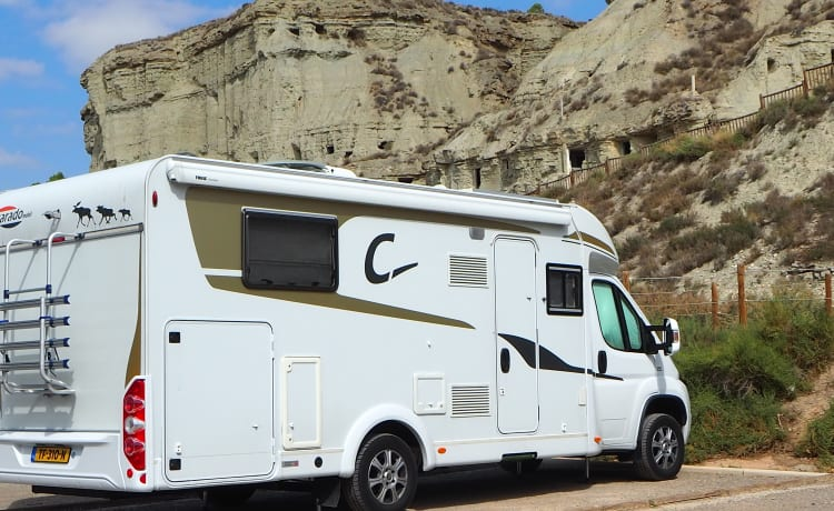 The most complete camper, equipped with every luxury with level system +