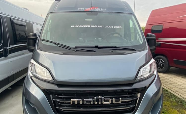 Malibu Van 640 LE – Brand new luxury bus camper