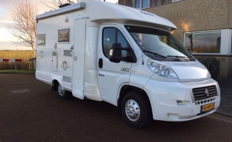 Fiat 2.2 multijet, Euro 4 groen – Compact camper for rent in Friesland, strong, economical engine