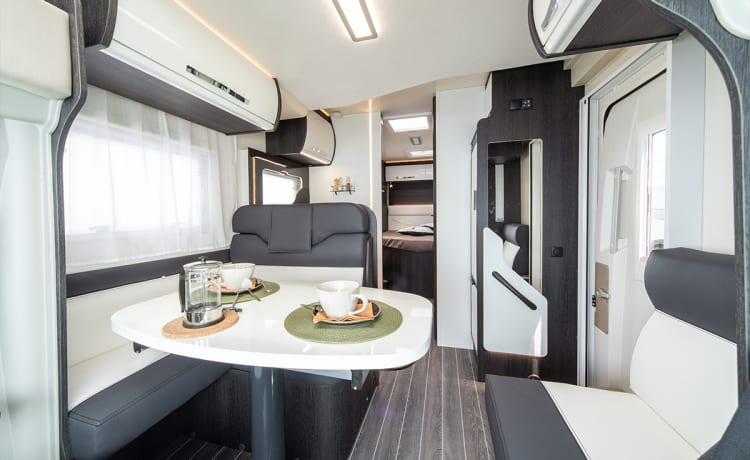 Spike – Roller Team Zefiro 696. Luxury 4 berth motorhome. Known as ''Spike''.