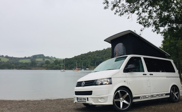 Sunbeam VW T5 – Sunbeam🌞 VW T5 for hire from £80 per day for the off season.