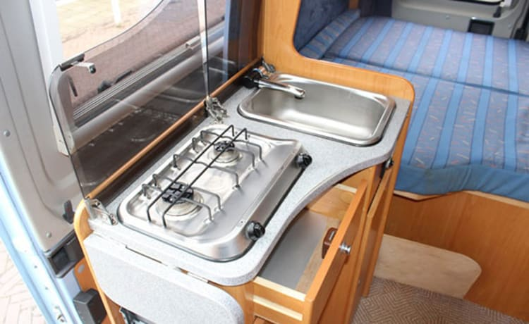 Comfortabele camperbus