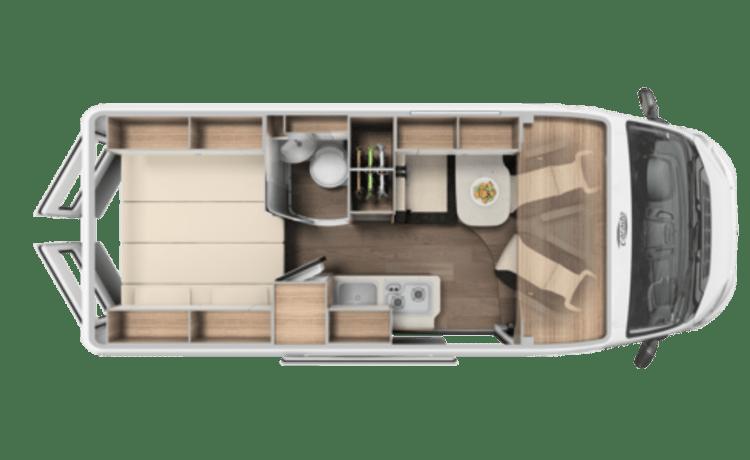 Ruime camper met 2 slaapplaatsen / SSB3