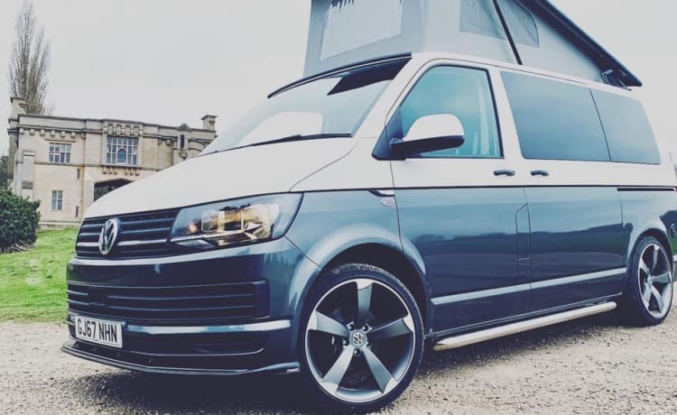 Clyde – Volkswagen 2017 T6 Campervan - New Professional Conversion