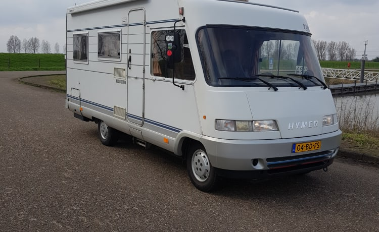For rent nice compact hymercamper