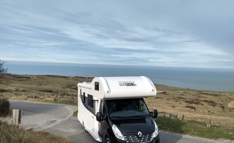 Rimor One – Spacious and new family camper for max. 6 people